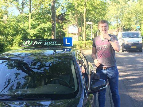 Rijschool For You rijschool Heerhugowaard rijles Heerhugowaard, Alkmaar, Bergen, Broek op Langedijk, Obdam, Hensbroek e.o Boaz