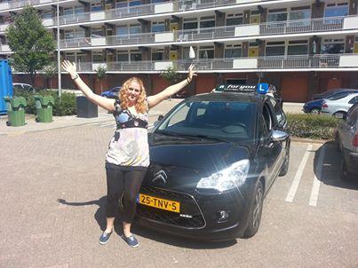 Rijschool For You voor goed rijles in Heerhugowaard, Alkmaar e.o Haal Voordelig & Snel Jouw Rijbewijs. Melany