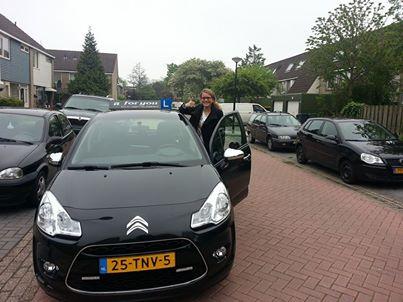 Rijschool For You voor goed rijles in Heerhugowaard, Alkmaar e.o Haal Voordelig & Snel Jouw Rijbewijs. Michelle