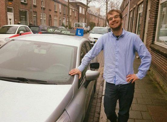 Rijschool For You voor goed rijles in Heerhugowaard, Alkmaar e.o Haal Voordelig & Snel Jouw Rijbewijs. Martin-550x400