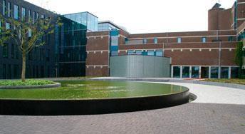 Rijschool For You voor goed rijles in Heerhugowaard, Alkmaar e.o Haal Voordelig & Snel Jouw Rijbewijs. Heerhugowaard-Rijbewijs